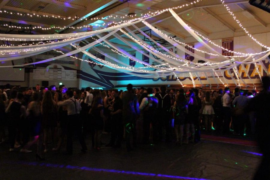 Consistent+with+the+Disney+theme%2C+the+decoration+for+the+homecoming+were+low+hanging+streamers+and+lights+with+disney+paintings+from+Amador%27s+Art+1+students.