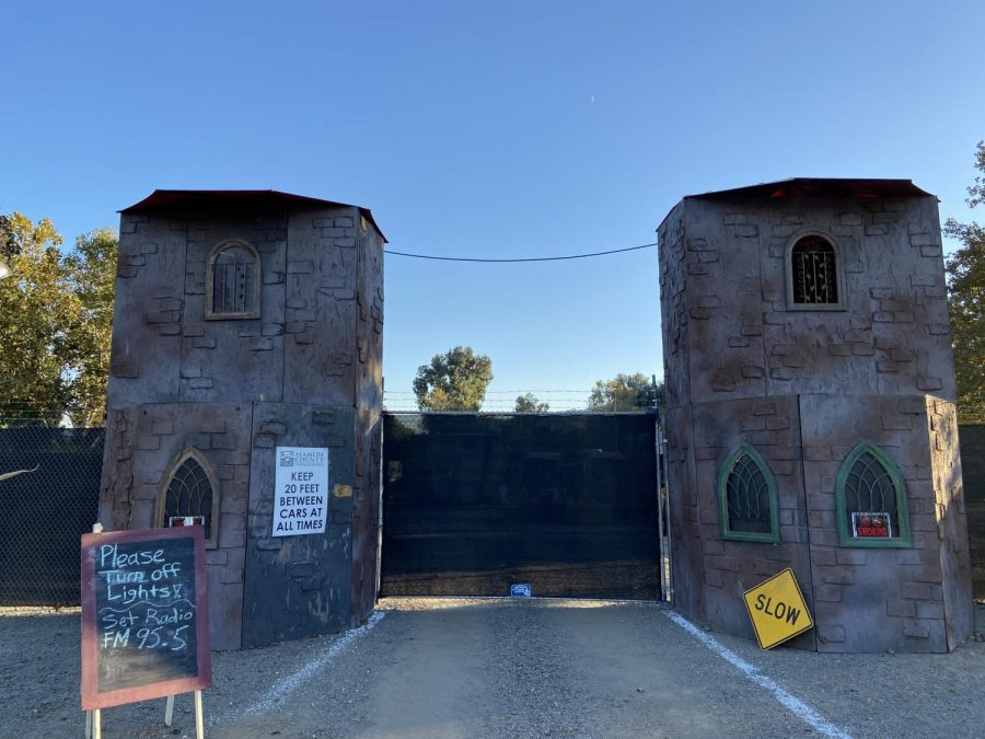 Even with the major changes made to the haunted house, the entrance is still wonderfully built and spooky as ever!