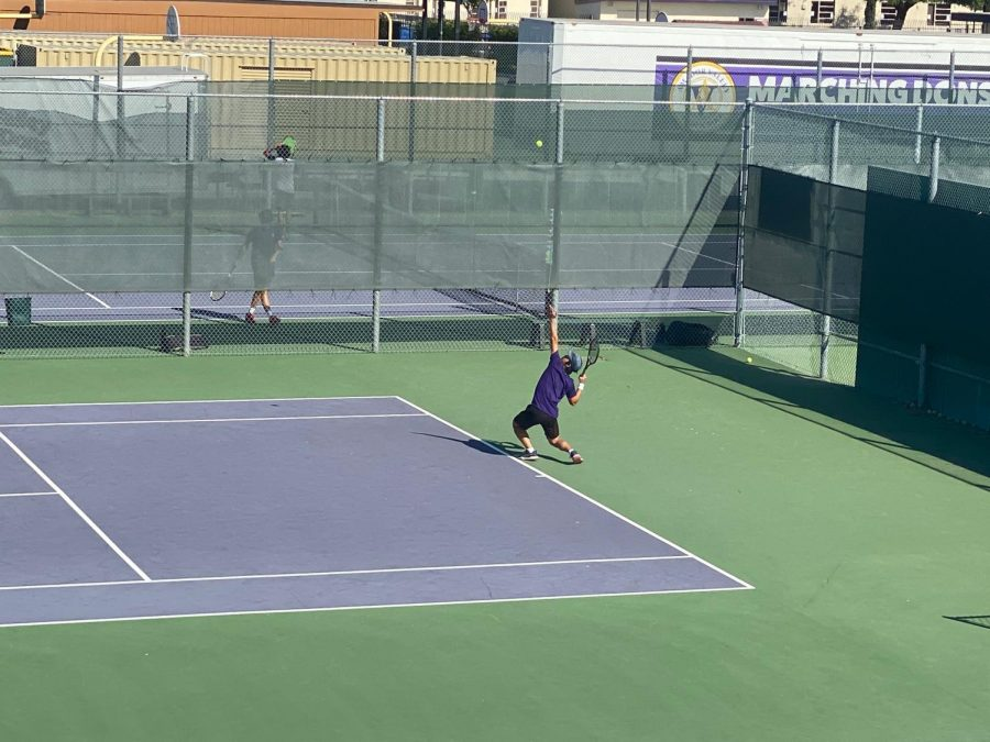 Byan Park ('23) prepares for an absolute heater from his Dublin opponent in his singles match.